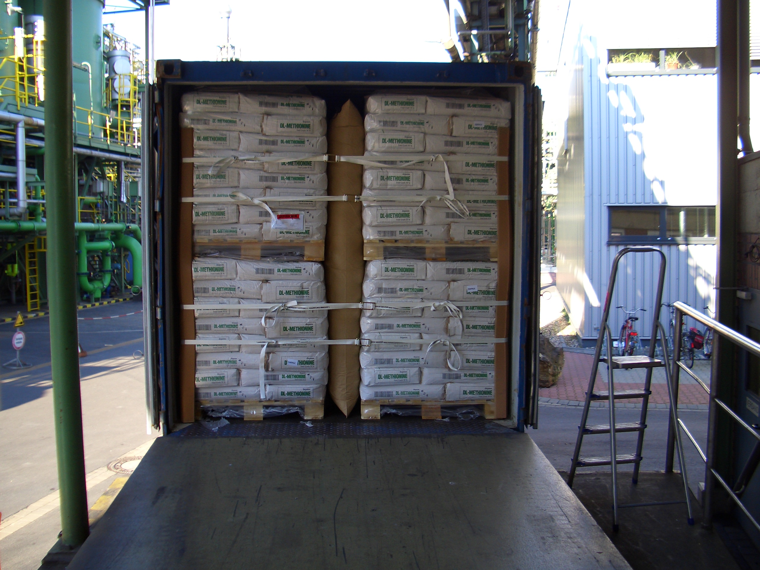 dunnage bags application 2